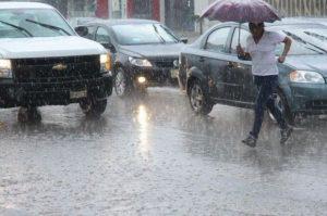 Continúan las intensas lluvias en zonas de la República Dominicana