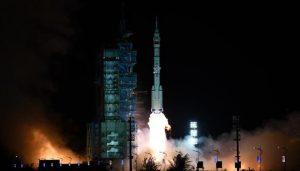 Nave espacial inicia misión para descubrir origen de Sistema Solar
