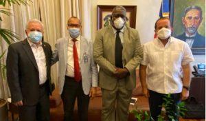 El Gobierno apoyará los Terceros Juegos de Santo Domingo Este