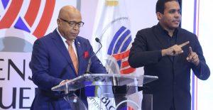 Pacheco resalta rol de partidos para gobernabilidad efectiva