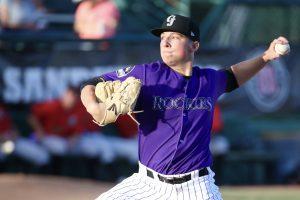Rolison, pitcher de Rockies, viene por victorias con Tigres del Licey