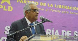 Exministro critica «incoherencia» en políticas salud del Gobierno