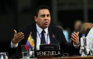 Venezuela denuncia pretensiones de «agresión militar» en su contra