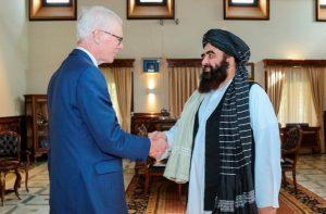 Talibanes piden a Estados Unidos liberación fondos en el extranjero