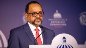 Abinader recibe proyecto Ley Orgánica de la Policía Nacional