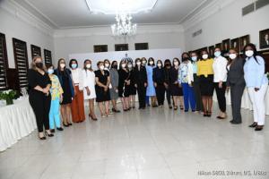 Vicepresidenta Raquel Peña se reúne con gobernadoras de RD
