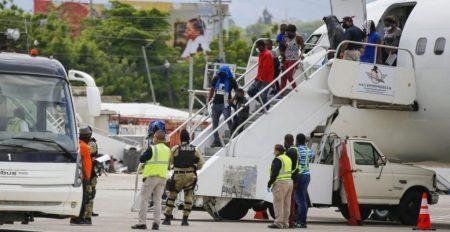 La ONU condena sistemática deportación de haitianos de EU