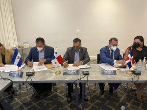 República Dominicana firma un memorando en mercado valores