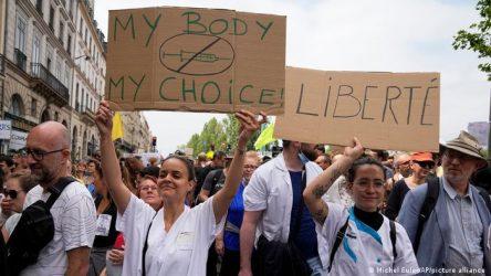 ITALIA: Protestas en todo el país contra la vacunación obligatoria