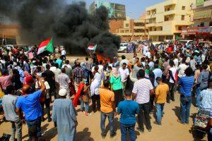 Nuevo golpe sume a Sudán en la incertidumbre en plena transición